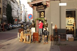 Antwerp Kloosterstraat antique store